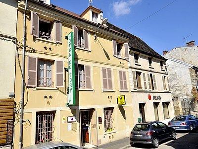 HOTEL DU FORT - MEULAN - Ile de France