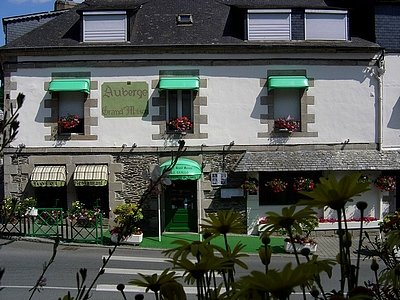 H tel saint brieuc dans c tes d 39 armor restaurants logis for Auberge grand maison mur de bretagne